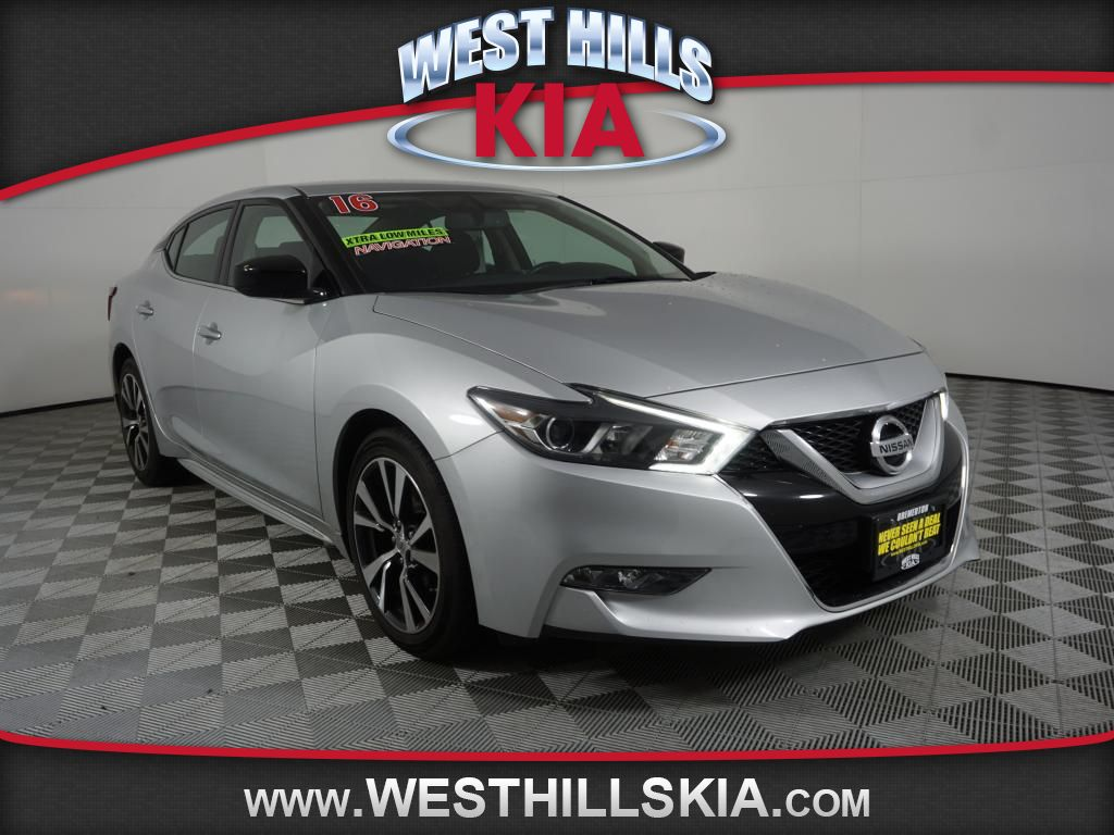 Pre-Owned 2016 Nissan Maxima S